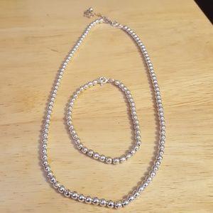 Jewelry - Silver bead necklace & bracelet